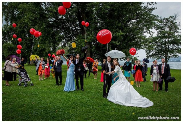 Viele rote Ballons für ganz viel Glück!